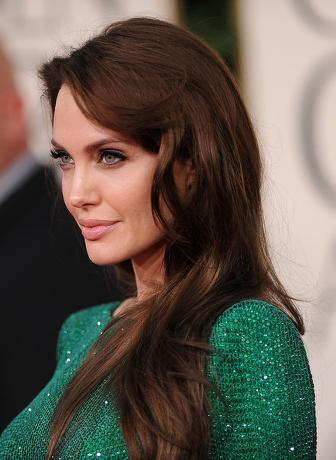 angelina jolie make up at 2011 golden globes